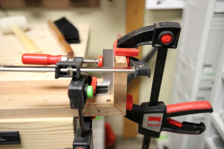 Making sure that damned miter stays at a right angle